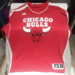 Chicago Bulls Official NBA Adidas Apparel Size Medium