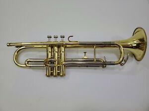 Vito trumpet for parts or repair has damage 705334