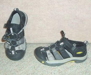 Youth black/gray KEEN washable hiking sandals / shoes , size 1