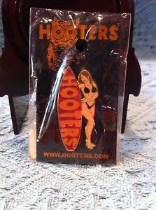 NOS HOOTERS GIRL NEXT TO RED SURFBOARD LAPEL PIN