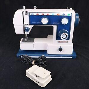 Domestic 440F Sewing Machine Untested