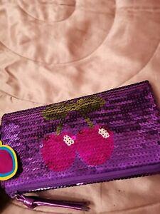 Pacha Club Ibiza Clutchbag / Purse - Purple Sequins.