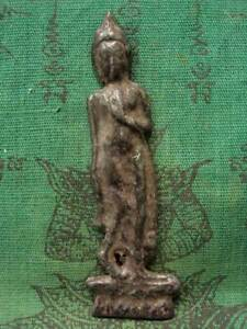 Phra Leela Buddha Figure Talisman Magic Luck Charm Old Thai Buddhist Amulet