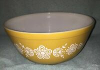 Vintage Pyrex Butterfly Gold Mixing Bowl #403 White Orange Flowers EUC