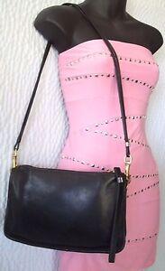 Vintage Coach Black Leather Clutch Shoulder Bag #2609