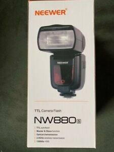 Neewer 2.4Ghz HSS 1/8000s TTL GN60 Wireless Master Slave Flash Speedlite NW-880s
