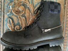 d94e7d325753 LOUIS VUITTON Damier Checkers BOOTS - Size 8 1 2