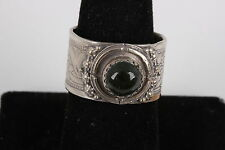 ROUND GREEN MINERAL STONE STERLING SILVER FLORAL DESIGN RING RETRO FINE 7131