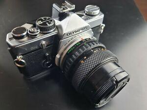 Olympus OM-2 mit Olympus OM Zuiko Auto-Zoom 35-70mm 3,5-4,5