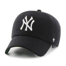Cappelli da uomo verde New Era · Cappelli da uomo neri