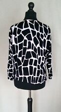 Vintage Sweater Black and White Giraffe Pattern Semi-long Sleeve Hipster Fashion