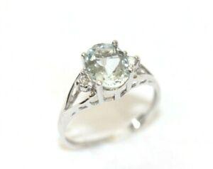 Pretty 10K WHITE GOLD, Diamond, Aquamarine Womens Ring: Size 6.75, 1.8 Grams
