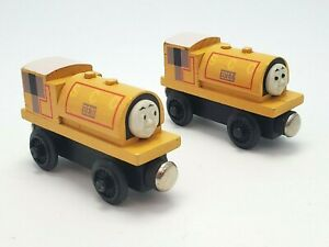 Wooden Railway BILL & BEN Staples Flat Magnets Thomas Train