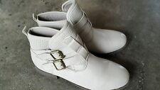Boots plates couleur mastic taille 38 neuves