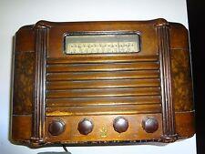 vintage short wave radio windsor tube type model 695.