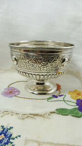 Antique Victorian HM St Silver Circular Footed Bowl Walker & Hall Sheffield 1896