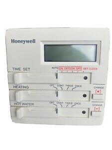Honeywell 1 Day/24 Hour Electronic Programmer 2 On/Offs ST699B1002