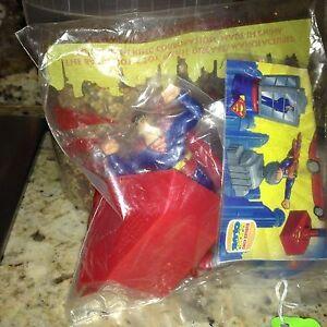 "1997 Burger King DC Comics Superman w/ Launcher Base Toy 5 1/2"""