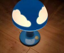 IKEA Skojig Nachttischleuchte Tischleuchte blau weiß - Wolken Lampe Nachtlicht