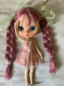 Blythe Doll Dress and Hat