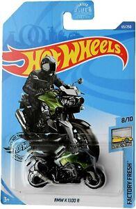 Hot Wheels BMW K 1300 R GREEN Motorcycle Bike Factory Fresh 8/10 Diecast 65/250