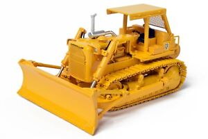 Caterpillar Cat D8K Dozer with A-Blade and Winch - CCM 1:48 Scale Model New!