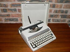 Vintage Royal Mercury Light Tan Manual Portable Travel Typewriter w/Cover