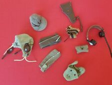 1/6 US ARMY HEAD GEAR AND EQUIPMENT AND HEAD GEAR MIXED LOT