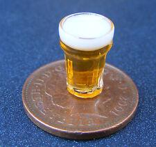 1:12 Scala Birra in una casa di bambole di vetro in miniatura Pub Bar Drink Accessorio GLA35bE