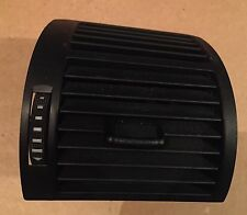 AUDI A2 RIGHT DRIVER HEATER BLOWER AIR VENT BLACK 8Z0820902C 8Z0 820 902C
