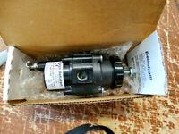 Marsh Bellofram Type 51FR Precision Air Filter Regulator 960-176-008 / 1-60 PSI