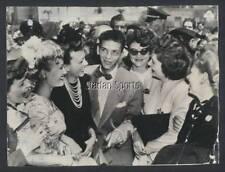 Original Vintage Frank Sinatra 1943 - Press Photo  With Lady Fans  Very Original