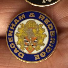 DAGENHAM AND REDBRIDGE ROUND CREST ENAMEL PIN BADGE