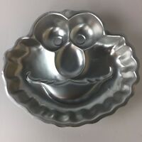 WILTON Sesame Street ELMO FACE Cake Pan dated 2002 Pan# 2105-3461 Birthday Party