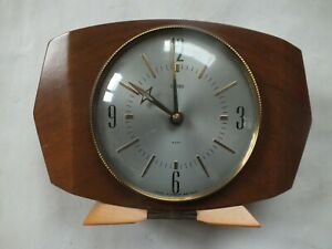 Smiths 8 Day Floating Balance Mantel Clock - 1950/60's - Nice Working Condition