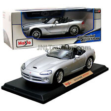 Maisto Special Edition 1:18 Scale Die Cast Car - Silver Coupe DODGE VIPER SRT-10