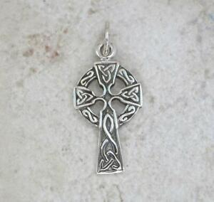 CUTE STERLING SILVER CELTIC KNOT CROSS PENDANT  style# p0306