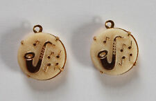 VINTAGE 2 OPAQUE WHITE & GOLD SAXOPHONE GLASS BEAD PENDANTS MUSICAL MUSIC 18mm