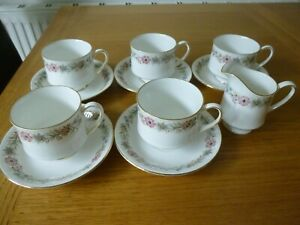 5 Paragon Belinda Cups & Saucers & Royal Albert Jug