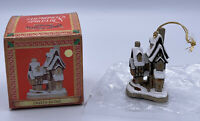 """David Winter Cottages """"Fred's Home"""" Christmas Ornament 1992~NEW IN BOX"""