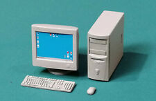 E-060 — PC with CRT Monitor, Eureka XXL , SCALE 1/35