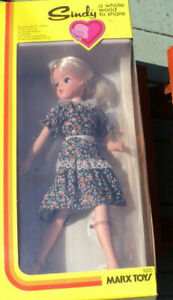*VINTAGE Blonde SINDY DOLL Poseable ORIGINAL PACKAGE NRFB Marx Toys