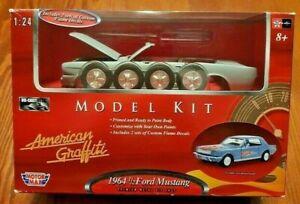 American Graffiti 1964 1/2 Ford Mustang 1:24 Scale Die-Cast Model Car Kit