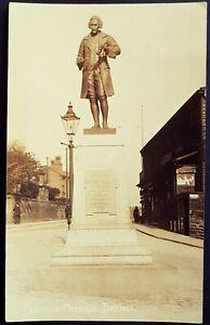 R.P. POSTCARD JOSEPH PRIESTLEY MEMORIAL & GAS STREET LIGHT-BIRSTALL VILLAGE 1913