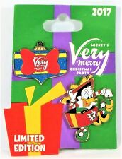 Disney Mickey Very Merry Christmas Party 2017 Elf Donald 2 Pin Set LE 5300 NEW