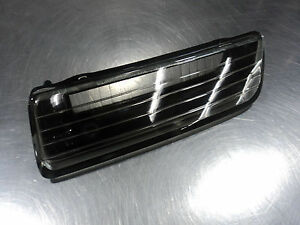 MAZDA RX-7 1986-1992 NEW OEM FRONT LEFT DRIVER  LOWER FLASH TO PASS LENSE