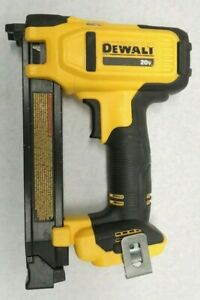 DeWalt DCN701 20V MAX Cordless Cable Stapler (TOOL ONLY)