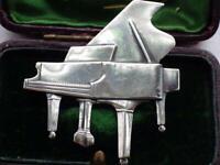 Vintage Jewellery Silver Piano Brooch Pin Music Keyboard
