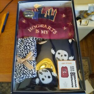 Harry Potter - BRAND NEW * Cosy Soft Pyjamas * 10/12 yrs - Socks Top & Trousers
