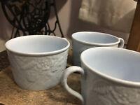 Set of 3 Mikasa Flat coffee cups mugs in English Countryside Blue Beautiful EUC!
